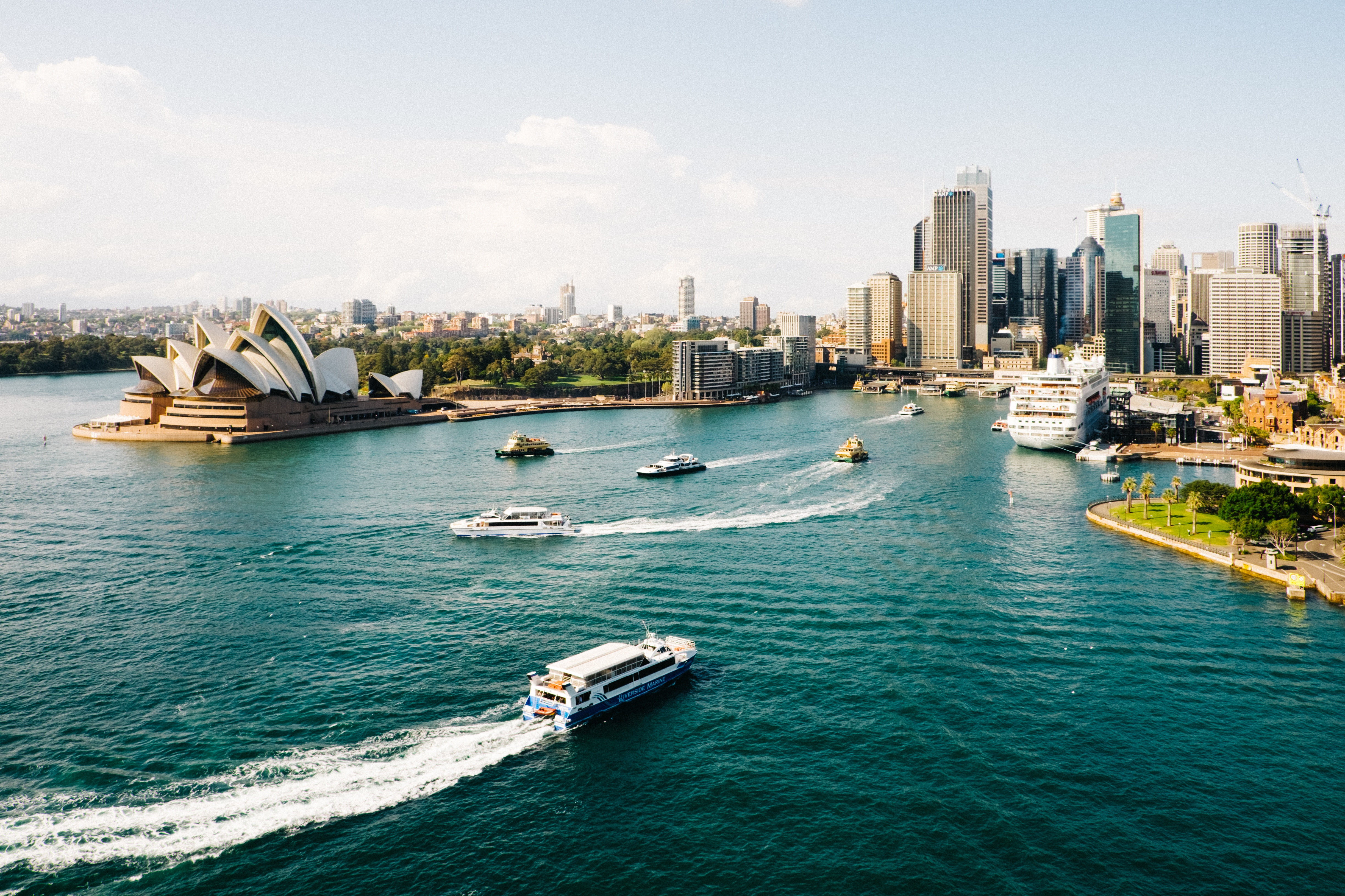 DISCOVER THE WONDERS OF SYDNEY
