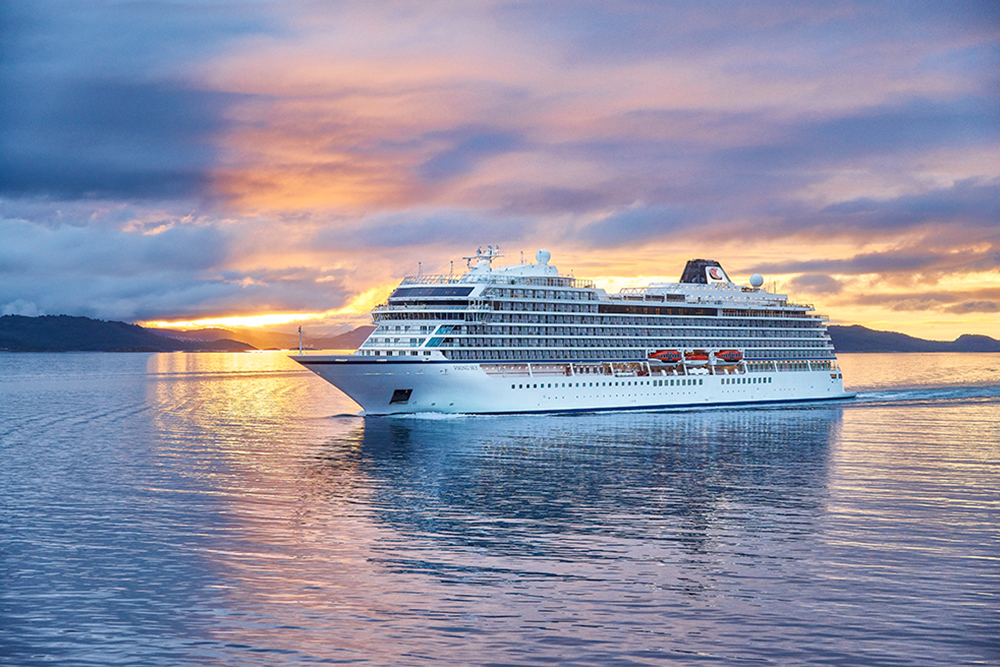 SMART CRUISING: 8 REASONS YOU'LL WANT TO BOOK WITH US